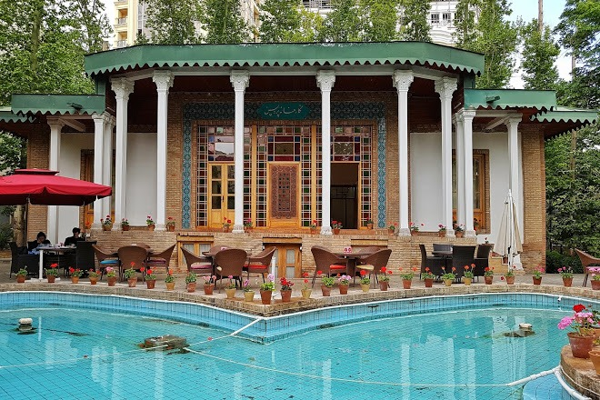 Iranian Art Museum Garden, Renting Apartment In Elahiyeh, Renting Apartment In Elahiyeh Neighborhood, Tehran apartments for rent in Tehran Iran for foreigners rent fully furnished apartment in Tehran apartment for rent Tehran rental apartment Tehran Iran