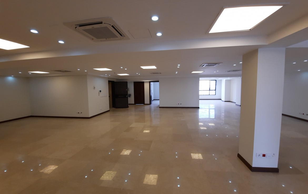 brand new offices for renting in Valiasr St Tehran
