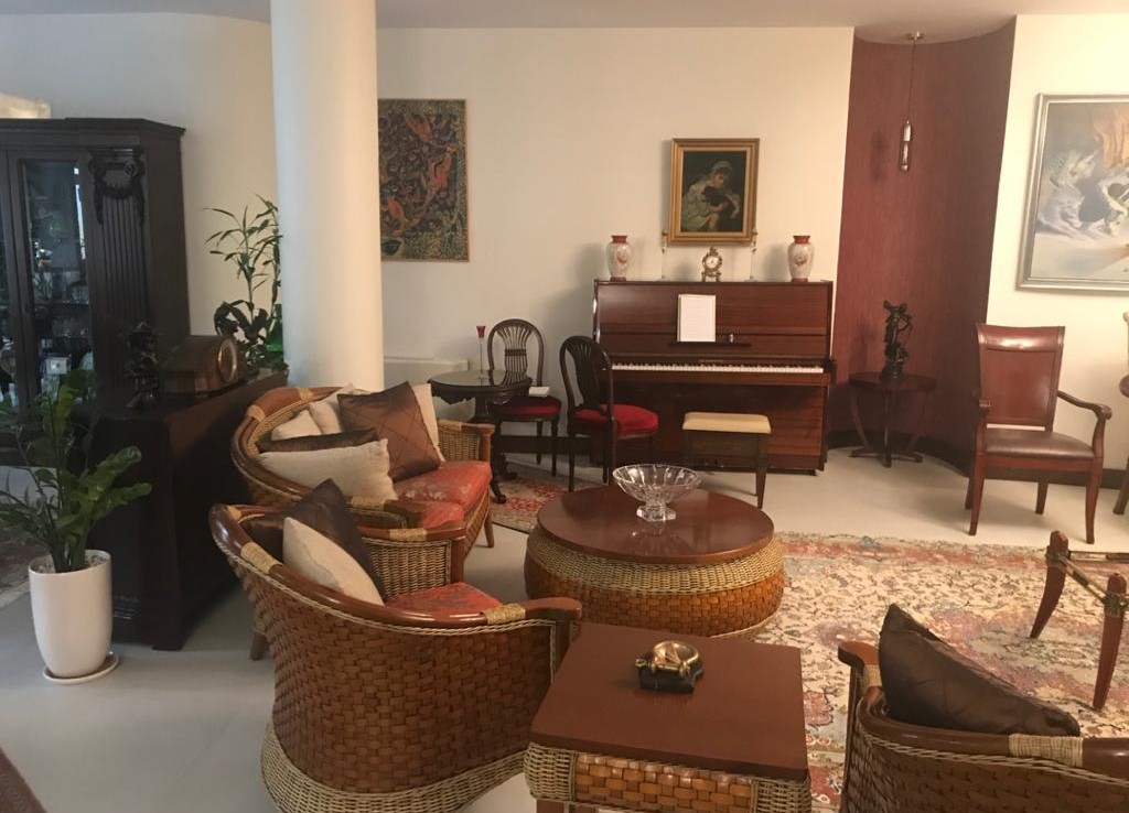 fully furnished apartment for rent in Tehran Aghdasieh