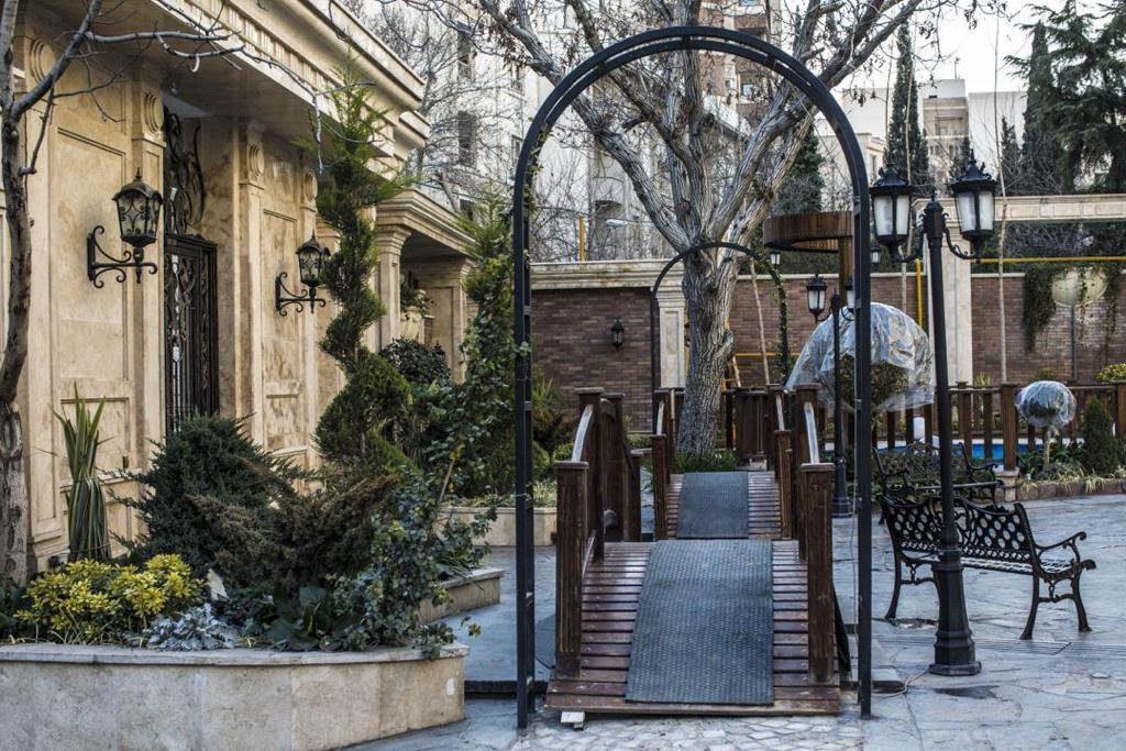 luxury furnished flat for rent in Tehran Andarzgoo